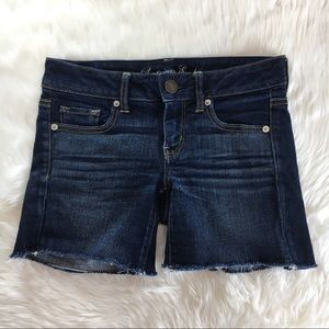American Eagle Dark Wash Denim Jeans Shorts Size 4